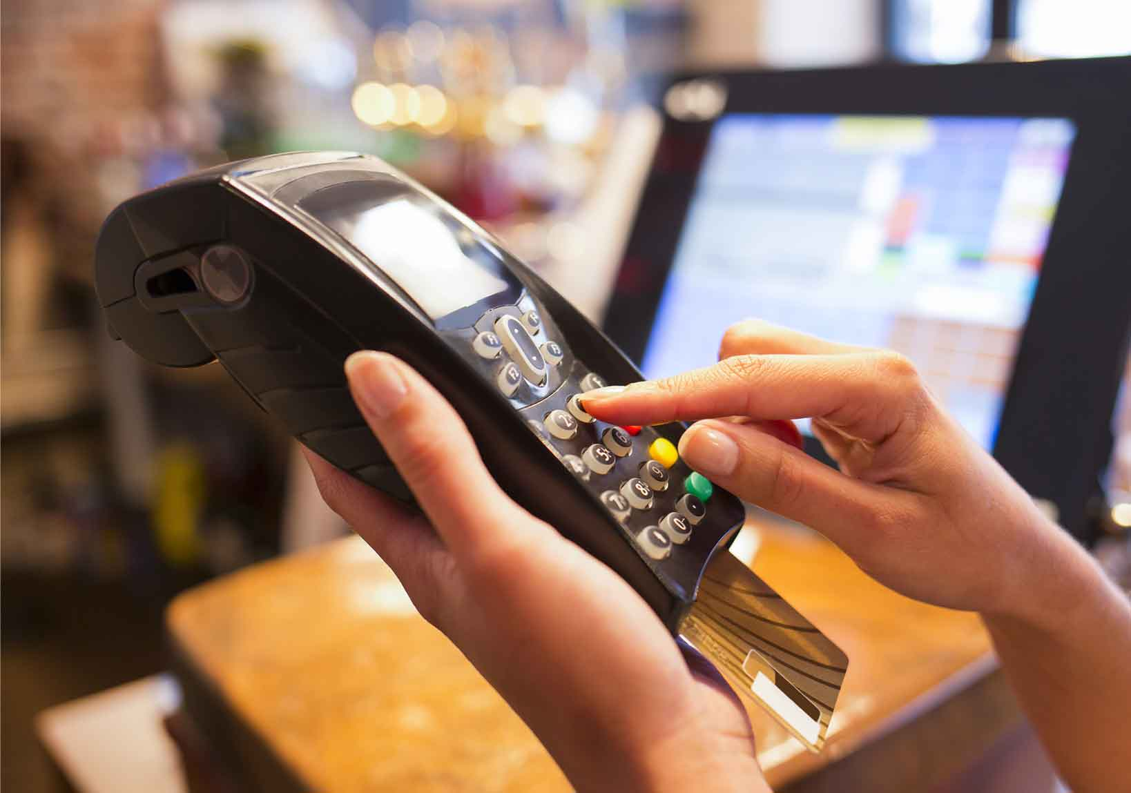 Retailers ask for action on card fraud